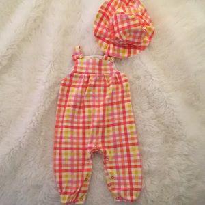 Adorable Isaac Mizrahi 2 piece jumpsuit outfit.